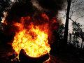 【閲覧注意】恐怖の人間焼肉映像、ジワジワ皮膚が燻製に ― アパルトヘイトの負の遺産「タイヤネックレス」拷問が復活=南アフリカ