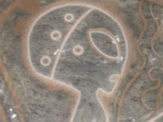 """【衝撃】メキシコの洞窟で""""完全にグレイ型""""な古代エイリアンの壁画が新発見される! マヤ文明と宇宙人を繋ぐ決定的証拠か!"""