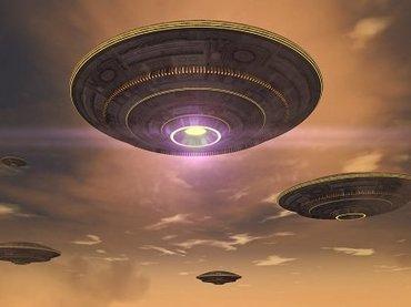 26年の時を経て戦慄の「UFOの底」写真が再び注目される! 「やはりこれは本物」英国のUFO会議で有名編集者が主張