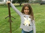 アーサー王伝説の剣「エクスカリバー」を7歳少女が発見! 誰も知らない「エクスカリバー」の真実を徹底解説!