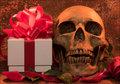 """業界人が驚愕した熱狂的ファンからタレントへの""""トンデモないプレゼント""""を大暴露! 「局部写真、100万の札束、さらにヤバいのは…」"""