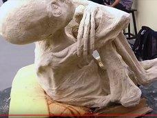 """【驚愕】ナスカで発見された「3本指の純白宇宙人ミイラ」、ついにDNA鑑定結果が公開される! 専門家絶句の""""ヤバすぎる正体""""とは!?"""
