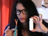 ドイツ人女優、若返るために350万年前の謎のバクテリア「バシラスF」を自ら注射! 博士が警告するほどの驚異的効能とは?