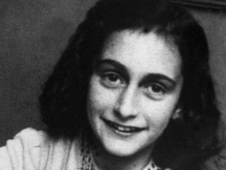 """人工知能(AI)が""""アンネ・フランクをナチスに密告した人物""""を特定か!?  10年かかる作業を秒で完遂「父オットーの周囲に…」"""