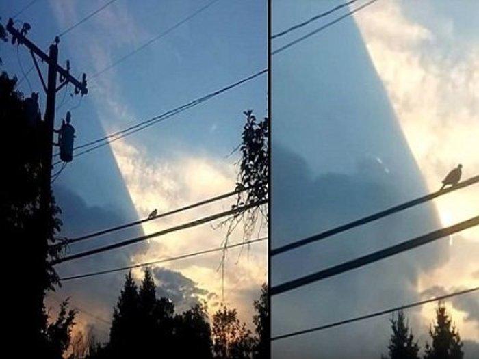 """【衝撃映像】世界がホログラムである決定的証拠が撮影される! 空をブロックする""""謎の巨大長方形""""に世界が驚愕!"""