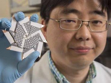 【偉業】ペッと吐きかけたツバで作動する「バクテリア電池」爆誕! 安価でシンプル構造、使い捨ても可能で革命的すぎる!