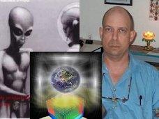 【衝撃】元エリア51職員が地球外生命体、スターゲイト、未来を見通すオリオンキューブの謎を暴露! 謎の宇宙人「Jロッド」の真実も!