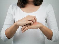 「糖質制限」はダイエットだけでなく、アトピー、ニキビ、シミ、シワなど皮膚も健康に