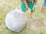 【衝撃】UFOが謎の金属球をポトッと落とす瞬間が激写される! 近寄ると異臭を放ち… =ペルー