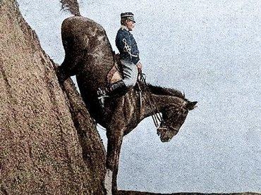 """【必見】カラーで蘇った20世紀前半の軍人写真10枚が""""お茶目すぎる""""! 海外で超大反響…  ヌードトラップ、象マシンガンも!"""