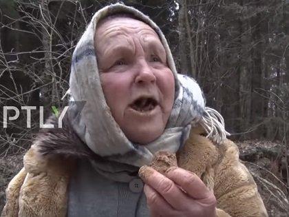 """10年間""""土""""だけを食べ続けているリトアニアの老婆! 脳腫瘍も消失、水も飲まず、食べ合わせ厳禁…衝撃の""""土食""""映像がヤバすぎる!"""