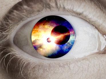 """【新説】死後、我々は""""二次元世界""""に保存されると判明! 宇宙の真の姿も二次元で、重力は存在しない!"""
