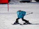 """平昌で世界初の""""ロボットスキー大会""""も開催中、映像がヤバイ! 竹島の守護神「テコンV」も参加、ショボすぎて世界から嘲笑の嵐"""