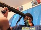 """【閲覧注意】4chanユーザーがショットガン自殺を生中継! 飛び散る肉片と鮮血… 1人の""""オタク""""がこの世に絶望して自死"""