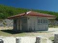 """沖縄・波照間島で殺された女の怨念が宿る""""呪われたトイレ""""に潜入! 消えない血痕、島民の監視… 「本当に近づくべきではない」激ヤバスポット"""