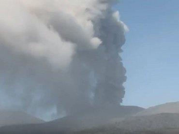 """【緊急警告】新燃岳噴火→数カ月以内にM8巨大地震や富士山噴火の法則! 11のデータが証明する""""恐怖の連鎖""""、3.11とも完全一致!"""