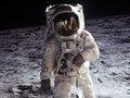 「月でUFOを目撃」発言の宇宙飛行士が嘘発見によるテストをパス! オルドリンら4人の証言解析でUFOの存在が証明される!