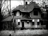 住民全員が忽然と姿を消した4つの町! 地震後に村人700人が謎の失踪、全住民が地下室で…!