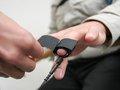 【朗報】ウソ発見器をパスする方法が発見される! 元警察官が暴露「肛門を○○するだけでOK」
