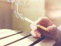 """【遺憾】喫煙者は存在するだけで空気を汚染することが判明!常に体中から有害物質を発散、電子タバコも同罪…""""三次喫煙""""の脅威 とは?"""