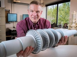 【朗報】次世代エネルギー「超臨界二酸化炭素」で動くハイパータービンが開発中! 卓上サイズで1万以上の家庭に電力供給!