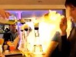 【閲覧注意】バーで女性の頭が大炎上、こだまする絶叫が怖すぎる! 燃える酒を楽しむ「フレイミングショット」事故の決定的瞬間=ロシア