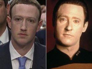 【衝撃】「ザッカーバーグは間違いなくアンドロイド」映像で完全特定される! 真後ろの男が遠隔操作、決定的証拠多数!