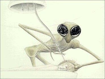 【宇宙人図鑑】カマキリ型の「マンティスエイリアン」が最強すぎる! グレイを操り、クリック音で会話、人間とのハイブリッドも!?
