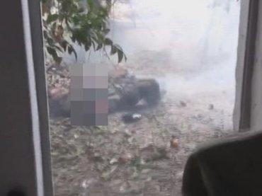 【閲覧注意】「手榴弾の誤爆」で腕が吹っ飛んだテロリスト!神様が過激派テロリストを戒める決定的瞬間!?=シリア
