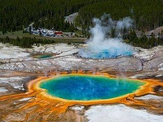 【緊急警告】米イエローストーンで30mの巨大地割れ出現、大噴火の前兆か! 地球は氷河期突入、人類滅亡へ… 覚悟の時は来たり!