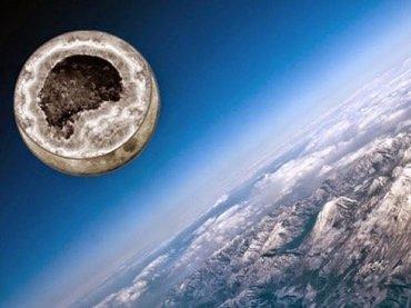 月は人工天体、宇宙人が意図的に作成したもの! 月面のUFO画像が証明…巨大天体「ティアマト」とニビルも月の成り立ちに関連