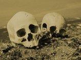 奇習! 肉親の死から1年後、骨を掘り返してガブリ…! 「自分の中に故人が蘇る」彼岸の伝統=東日本