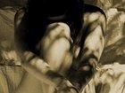 """奇習! 人妻たちの痴態を鑑賞する""""影絵ストリップ""""の伝統! 薄紙ひとつ隔てて行われる性行為にムラムラ…!=西日本"""