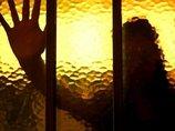 【事件】ペド神父が聾唖者に「フェラ・肛門・ペニス」の手話を伝授して虐待! 口に勃起ペニスをねじ込むも「皆、悲鳴聞こえず」