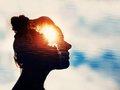 瞑想効果を爆アゲする科学グッズ5選がヤバい! 脳センシング、変性意識ブレインマシン、電気パルス脳刺激…!