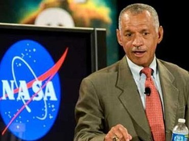 ついに元NASA長官が断言「宇宙人の存在を確信している」! エリア51、意外な火星問題、エイリアンも…