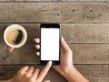 "iPhoneロック解除ツール問題、米司法省やFBIとの対立で見出された""妥協点""とは?"