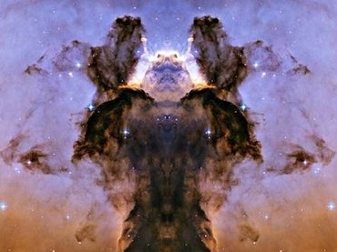 """【衝撃】NASA画像に""""神の姿""""がクッキリ写り込む! 「人類には理解できない」宇宙絵を描いた超高度文明エイリアンの真意とは!?"""