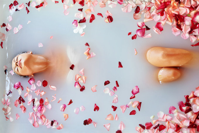 誰かに好きになってもらう「愛の呪文」が面白い! 風呂場で呪文を13回唱えると…!の画像2