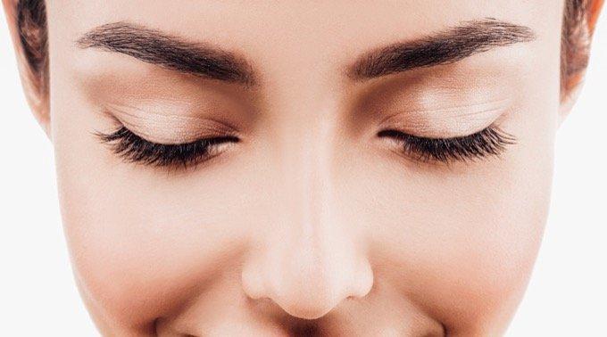 眉毛がなければ人間はとっくに絶滅していた!?  眉毛の進化論的存在理由が判明(最新研究)の画像1