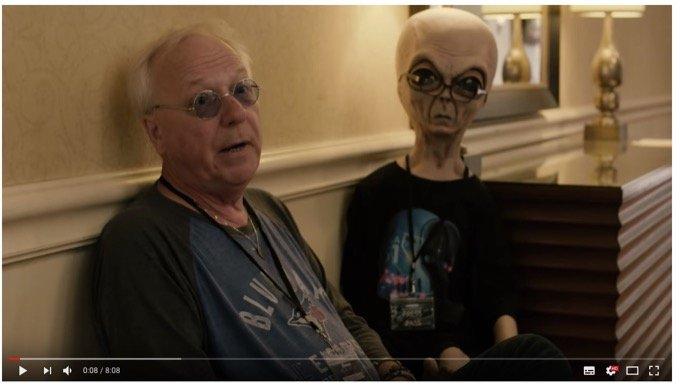 「UFOマグネット男」が引き寄せまくる理由を大暴露! 飛行機で、スフィンクスの傍で、エイリアンと会話も!?の画像1