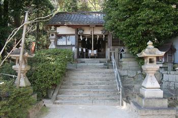 1280px-Himuro-jinja_1.jpg