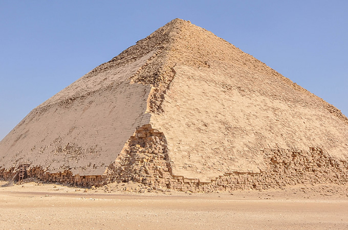 1510_pyramid_01.jpg