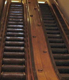 1512_escalator_01.jpg