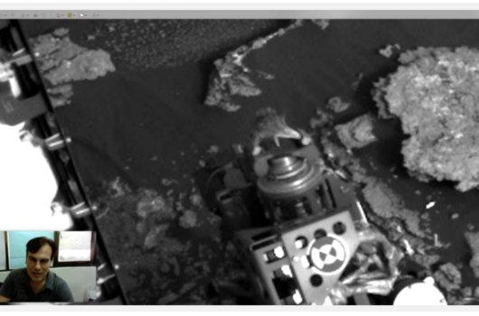 火星探査機にしがみつく生きたトカゲが激写される! 研究者「100%地球外生命体」の画像1