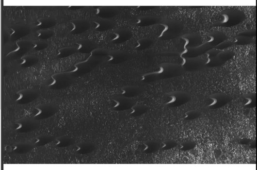 NASAが火星表面でヘビの大群を激写!? 英紙「自然に形成されたとは思えない」の画像1
