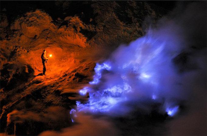2010-12-sulfur.jpg