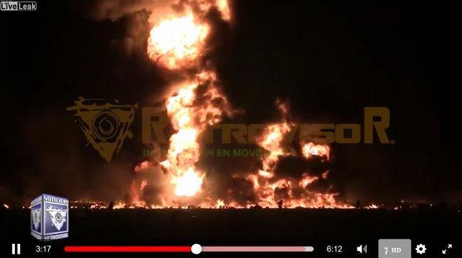 【閲覧注意】石油を盗もうとした91人、爆発に巻き込まれて焼死の瞬間! 真っ黒に焦げた死体がゴロゴロ転がる地獄絵図…!=メキシコの画像1