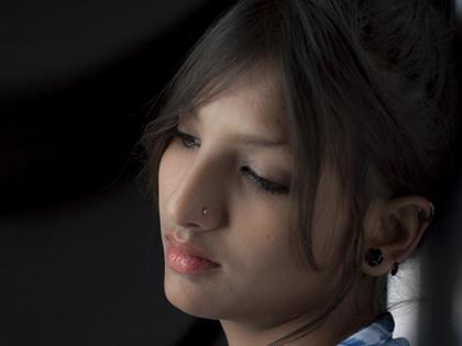 実の父親とヨガ師匠が9年間娘を強姦! インドの連続近親相姦事件で浮かび上がる根深い女性蔑視の画像1
