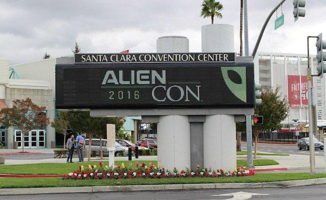 AlienCon_01.jpg
